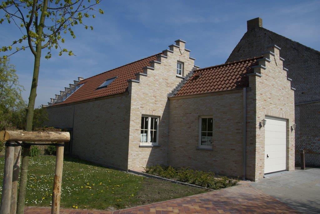 Verbouwingen renovatie immo de woonwens for Huis voor na exterieur renovaties